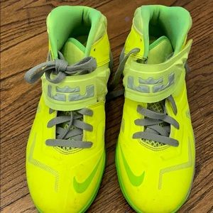 Nike yellow high top sneakers boys 7